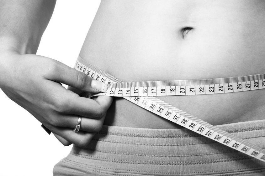 Dimagrire in fretta per una cerimonia: come perdere peso