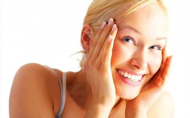 Come dimagrire la faccia: i consigli per snellire il viso