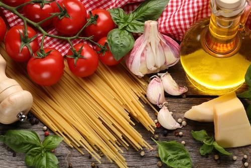 Come funziona la dieta mediterranea: le informazioni più importanti
