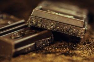 Hai sempre voglia di dolce? Ecco 6 consigli utili per combatterla